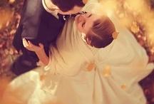 bröllop / stilar på klänning, frisyr, dukning mm som jag gillar.