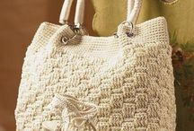 crochet and knitted bags / I want to create here a collection of handbags, made in crochet or knitting. These are bags that I would like to do one day