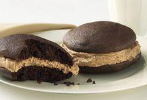 Bake - Macarons & Whoopie Pies! ! !