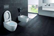 Toiletten / Badkamerwinkel.nl biedt een ruime collectie aan diverse soorten toiletten. Of dit nu een staand toilet, wandcloset of closetzitting betreft. Je kunt het allemaal online vinden en aanschaffen!