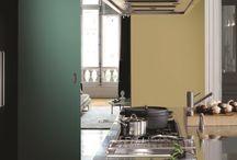 Robbialac Collection Inspired by Pantone® / Robbialac e Pantone unem-se numa paixão comum pela cor. Da simbiose entre uma marca referência no mercado das tintas e o expert mundial da cor nasce uma coleção exclusiva, Robbialac Collection Inspired by Pantone®.