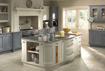 Classic, Traditional Kitchens / Classic kitchen styles and traditional kitchen ideas.