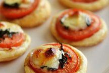 Mini tomato mozzarella tart