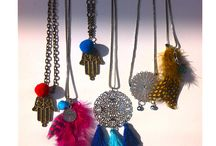 accessories_necklaces / accessories