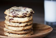 Sweet treats....cookies!!! / by Christy Johnson