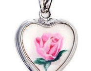 Broken China Jewelry Sterling Pendants / Gorgeous pieces of broken china are shaped and set in sterling silver to create pendants of charm and beauty.