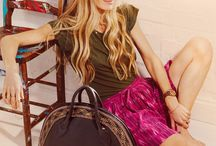 Radley Laura Bailey / Radley and its partnership with Laura Bailey has proven successful ! We share images of Laura and her Radley bags