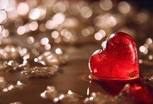 Valentine's Social Media Posts / Create social media banner and cover images for Valentine's Day.