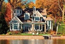domy pri jazere