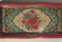 vintage tin trays / by Danna Rezac