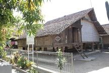 Fawzaan = Rumah Adat Jawa Barat