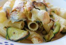 pasta al forno con zucchine e mozzarella