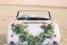 Florals & Dreams / Dreamy florals to swoon over  / by 2 Brides Photography