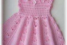 háčkované šaty pre deti
