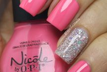 Nails / by victoria mena