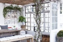 Rustic livingspace outside/garden ideas