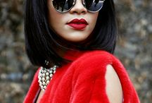 Rihanna Sunglasses / Showing sunglasses worn by the famous celebrity Rihanna. Check out what sunglasses Rihanna is wearing.