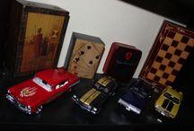 Makettek / Nemrég elkezdtem maketteket építgetni, csak úgy amatőr szinten. Van már pár darab és folyamatban is van újabb makett. Főként autó makettek érdekelnek.