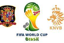 España 1-5 Holanda // Spain 1-5 Nederland / Países Bajos tiene su revancha (1-5) Los holandeses generaron la primera sorpresa de la Copa Mundial al golear a la campeona defensora España en Salvador. Robben y Van Persie anotaron dos goles cada uno para los ganadores.