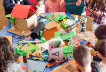 Playcolor en Lisboa con el proyecto Archikidz / Archikidz es un taller libre para acercar de manera lúdica y creativa la arquitectura al mundo de los niños. Ofrece la oportunidad de aprender de cerca esta área mediante la construcción de un modelo de una casa con la posición de la mayoría de los profesionales de la arquitectura.  El evento nació en Amsterdam y dado el éxito de este se realiza por diferentes ciudades del mundo como Rotterdam, Bergen, Buenos Aires, Sydney, Barcelona y Lisboa (iniciado en 2014).