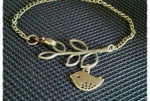 Jewelry Box, Please! / by Ashley Freeman