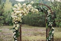 Wedding Archways & Entrances / Styling an entrance for your magical day,perhaps with flowers, or hanging hearts.