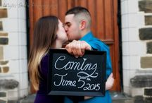 Engagement Photo Idea's / A collection of photography ideas for creative engagement photos.