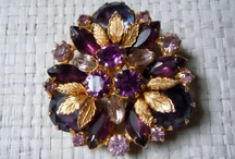Jewelry - Schiaparelli