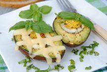 Pomysły na dania z awokado / Ten egzotyczny owoc z Meksyku jest bardzo zdrowy i smaczny. Zobacz, co ciekawego możesz przygotować z awokado!