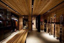 Chalet- Ski room/Garage
