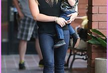 Celebrity Parents / Get the latest on celebrity moms and dads with their cute kin in tow.
