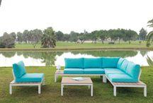 Muebles de exterior / Conjuntos set  Mesa y sillas o Mesa de centro y sofas.