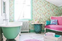 Bathroom/Salle de bain / Bathroom's decoration/Éléments de décoration  pour la salle de bain