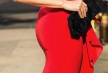 КрасноЕ ~ Red and his irresistibility / ... мне вообще красный идет… От вина и до ферарри...