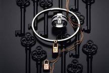 Jewellery - Watches / by Amanda Plenet