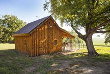 shed/garage/barn/chicken/wood storage buildings