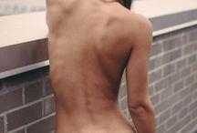Life Modelling / Celebrating the human figure