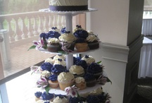 Wedding Cupcakes / Sharing some of our favorite wedding cupcake displays. The hottest trend that is both fun and elegant.