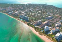 SURROUNDINGS / Casa del Mar is one of the exclusive luxury condos embellishing the stunning Key Biscayne Island. Come live at this prestigious address!