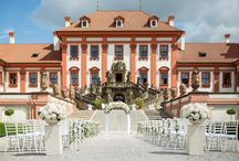 Beautiful chateau / Amazing wedding at chateau in Prague