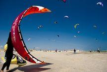 Plaisirs nautiques à Canet en Roussillon / La plage de Canet, un terrain de jeux idéal.... Sensations fortes et émotions assurées!!! #ILoveCanet