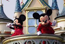 Parcurile Disneyland