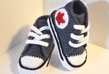 SOON !!! / Het wordt kouder, dus voor onze kleintjes krijgen we deze handgemaakte sneakers binnen ! 3>