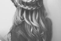hair / by Danielle Mulherin