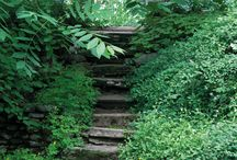 Portaat / Puutarhan portaita voi tehdä mitä mielikuvituksellisimmista materiaaleista. Poimi parhaat ideat!