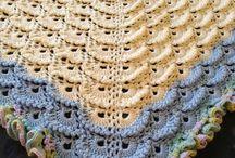 Crochet meringues