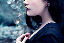 Melancholia / Portraits filled with melancholy and emotion   Portraits voller Melancholie und Emotion