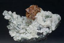 Helvite (Groupe) / Tectosilicates : Helvite, Genthelvite, Danalite