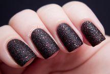 Nails / by Jenelle S