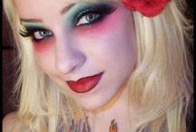 Cinco de Mayo Makeup Ideas / Get ready for a Cinco de Mayo fiesta with a festive makeup idea.